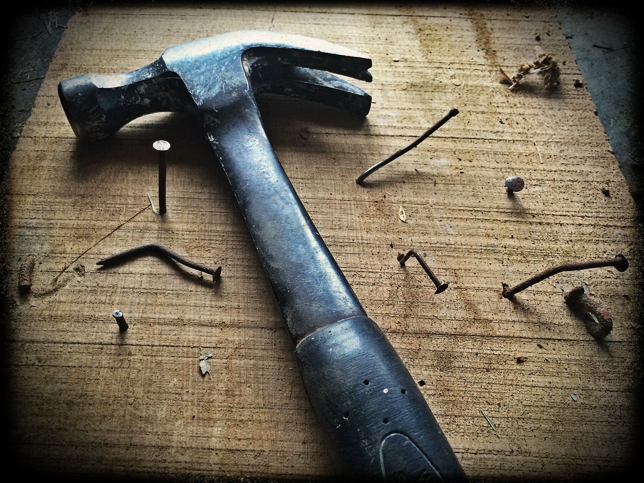 hammer-wood